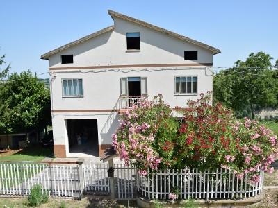 Properties for Sale_Restored Farmhouses _Il Noceto in Le Marche_1
