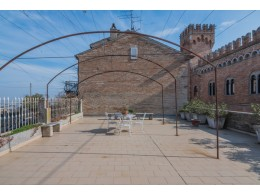 EXCLUSIVE BUILDING WITH PANORAMIC TERRACE FOR SALE IN THE MARCHE with panoramic terrace for sale in Italy
