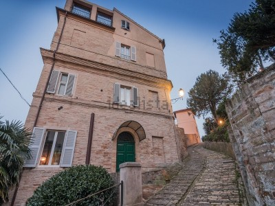 Properties for Sale_Townhouses_APARTMENT WITH PANORAMIC FOR SALE IN LE MARCHE PROPERTY IN THE HISTORIC CENTER IN ITALY. in Le Marche_1