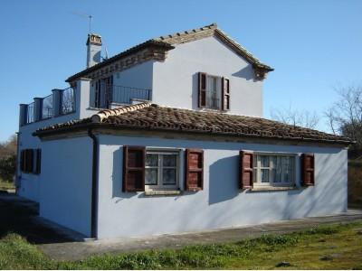 Properties for Sale_Restored Farmhouses _RESTORED FARMHOUSE NEAR THE SEA in the Municipality of Montefiore dell'Aso province of Ascoli Piceno in the Marche in Italy in Le Marche_1