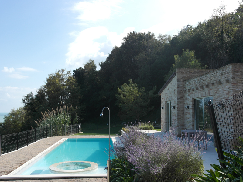Villa with swimming pool il balcone sul mare in le marche 6