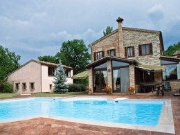 COUNTRY HOUSE WITH POOL IN ITALY Restored borgo for sale  in Le Marche