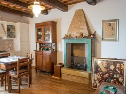 RESTORED PROPERTY IN THE OLD TOWN FOR SALE IN LE MARCHE  Restored palace for sale in Le Marche