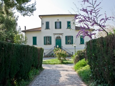 Search_EXCLUSIVE AND HISTORICAL PROPERTY WITH PARK IN ITALY Luxurious villa with frescoes for sale in Le Marche in Le Marche_1