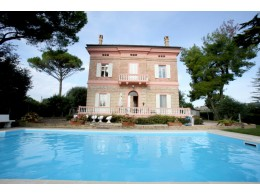 Luxury villa for sale in Le Marche - Villa Liberty